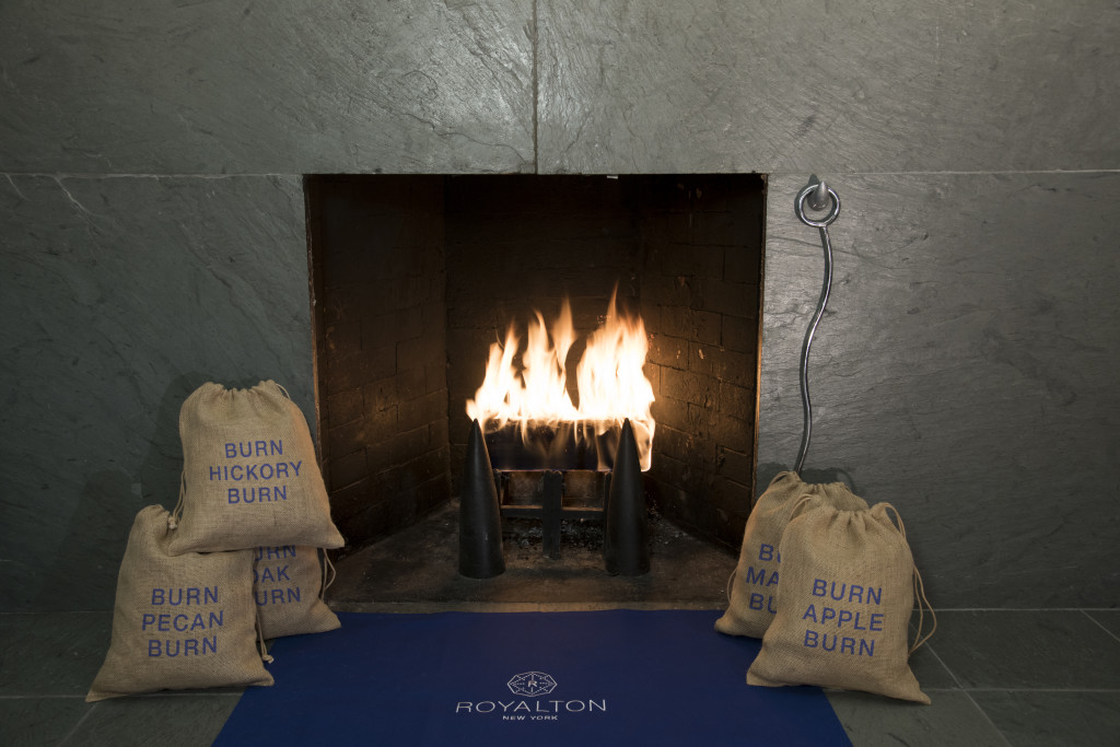 Royalton Fireplace All Sachets_